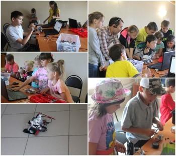 На занятиях робототехники