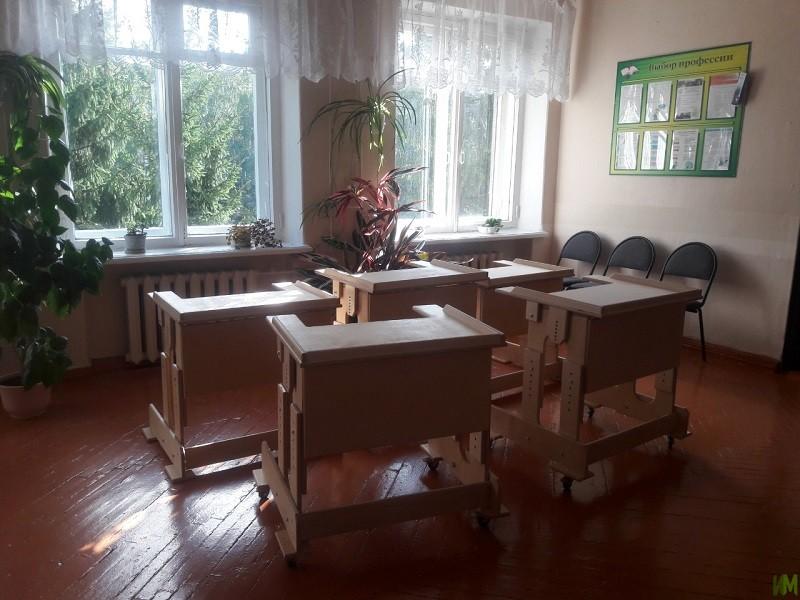 Парты для специальной школы-интерната в г. Балахна и Вятской школы