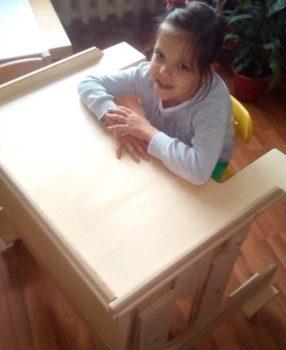 6 специализированных столов-парт