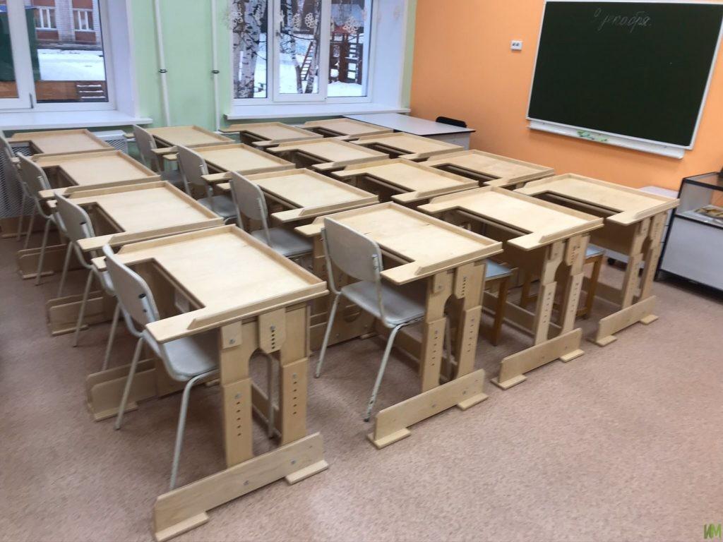 22 стол-парты для Канифольного детского дома-интерната