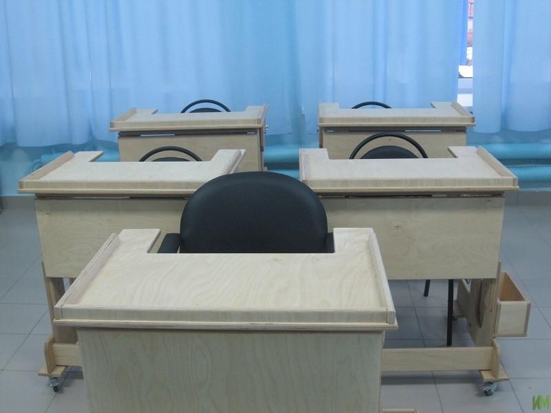 Стол-парты и специализированные стулья «Мечта» для школы-интернат № 88 «Улыбка» и детского дома-интернат «Родник»