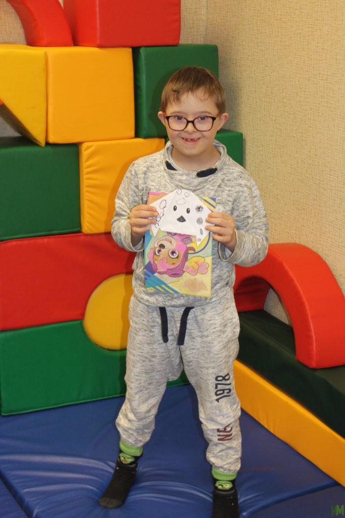 Занятие в детской комнате: по мотивам мультфильмов
