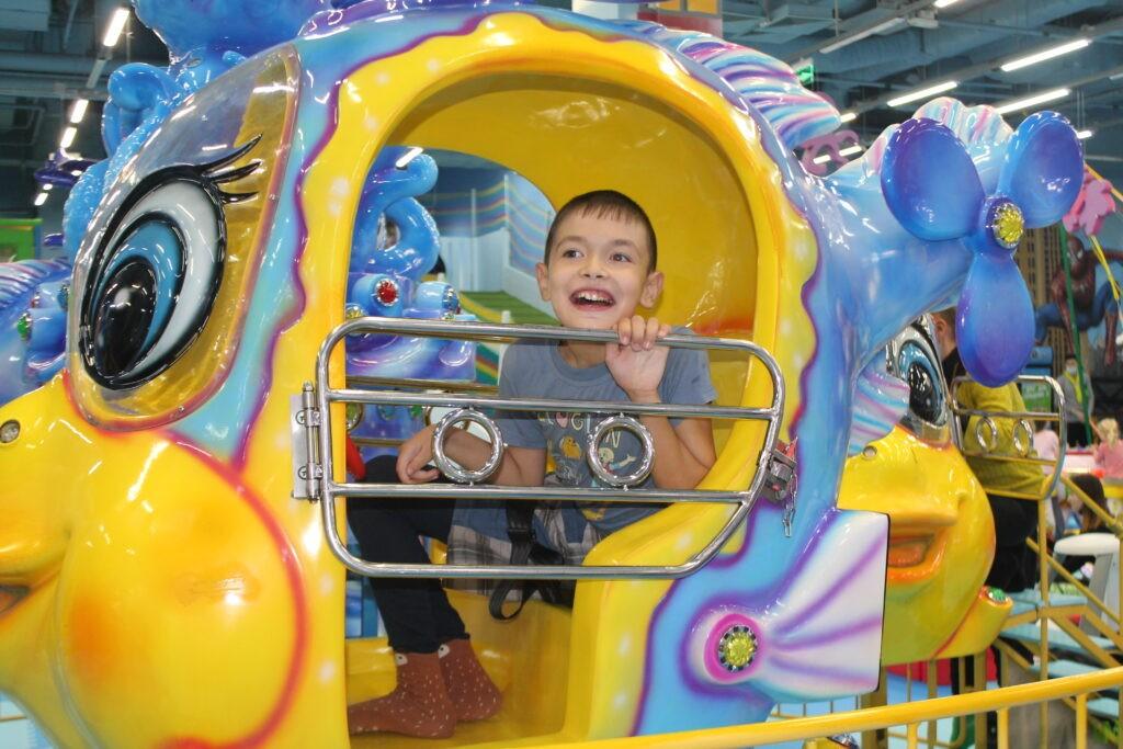 Веселые развлечения в игропарке «Остров Сокровищ»
