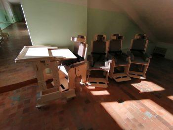 6 парт и 6 стульев «Мечта» для детей из «Шарканской школы-интернат»