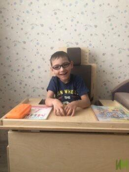 Парта и стул для Богданова Матвея