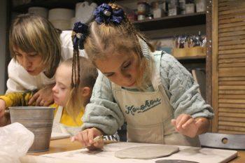 «Колокол» знакомит детей с гончарным мастерством